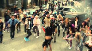 LMFAO Dancing Tribal, ft. 3Ball MTY Intentalo
