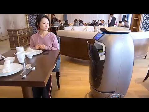 China: Internetriese Alibaba eröffnet Roboter-Hotel in Ha ...
