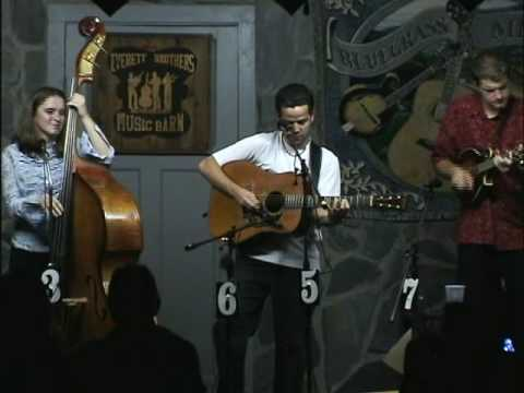 Blue Trail Of Sorrow - Valerie Smith & Liberty Pike Featuring Becky Buller
