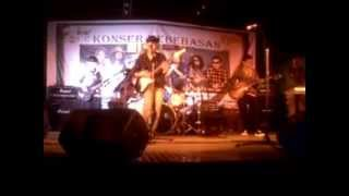 banana skin reggae - safe and sound(live) part1