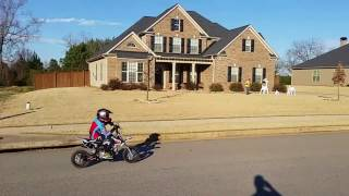 5. Best starter dirtbike for little kids!! Fun!
