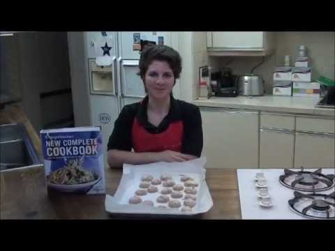 Diabetic Dessert Recipe: Mocha Meringues (Light and Crispy Diabetic Cookies)