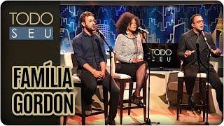 O Todo Seu abusa da qualidade musical com a presença de um trio que carrega o DNA e o talento de Dolores Duran e Dave Gordon: Tony, Izzy e Will Gordon!Continue assistindo mais vídeos do príncipe:Site - http://tvgazeta.com.br/todoseuTwitter - http://twitter.com/todoseuFacebook - http://facebook.com/ProgramaTodoSeuInstagram - http://instagram.com/ProgramaTodoSeu