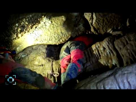 Montaj video: caving in peștera Gălășeni