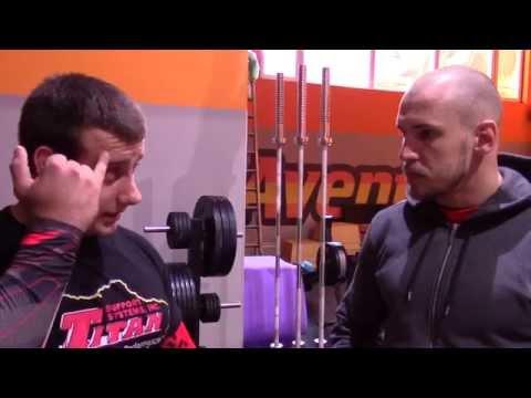 Crossfit Aventador принимает гостей: Дмитрий Павленко. Приседания