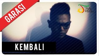Video GARASI - KEMBALI (with Lyric) | VC Trinity MP3, 3GP, MP4, WEBM, AVI, FLV Agustus 2018