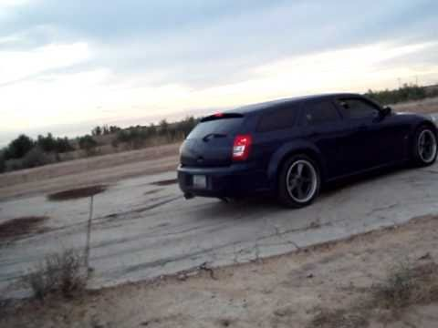 2005 Dodge Magnum drift video #2