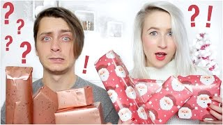 Video SURPRISE CHRISTMAS GIFT GIVING (With My Boyfriend) | Sophie Louise MP3, 3GP, MP4, WEBM, AVI, FLV Oktober 2018
