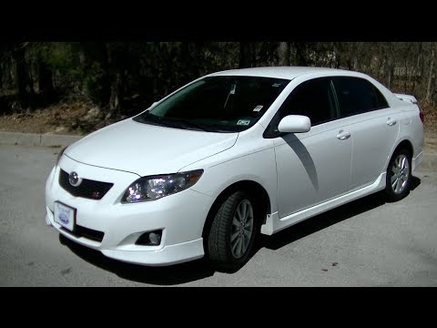 2010 Toyota Corolla S Startup, Tour & Test Drive