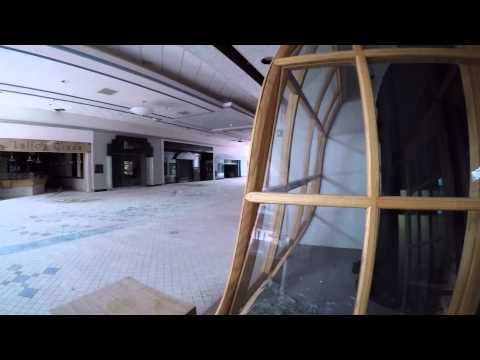 Check Out This Creepy Abandoned Mall [video}