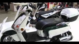 7. 2014 Kymco Like 200i Scooter Walkaround