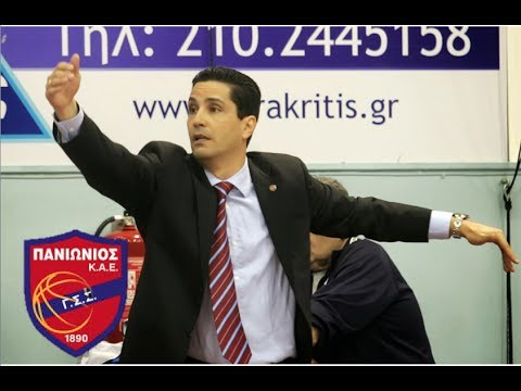 Coach Sferopoulos against Besiktas