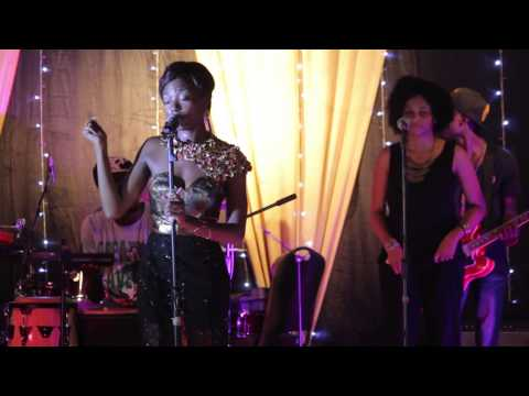 Efya - Decepticon (Live At 'Forgetting Me' Release Party, +233 Jazz Bar And Grill - Accra, Ghana)