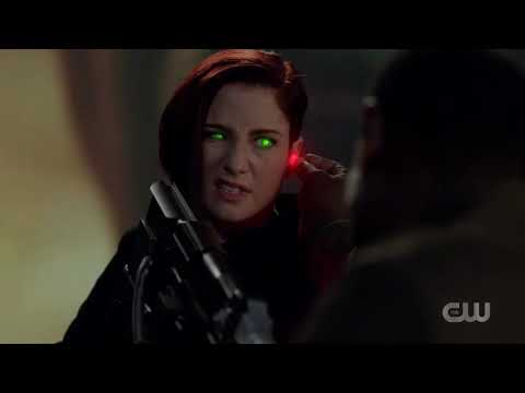 Supergirl Season 5 - J'onn J'onzz Saves Alex