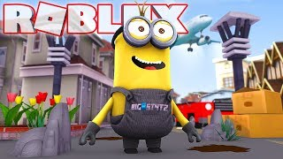 BECOMING A MINION IN ROBLOX! (Despicable Me 3 Movie)