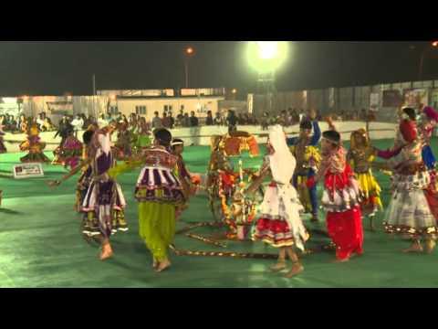 Video Surat Navratri Mahotsav- 2015 (3) download in MP3, 3GP, MP4, WEBM, AVI, FLV January 2017