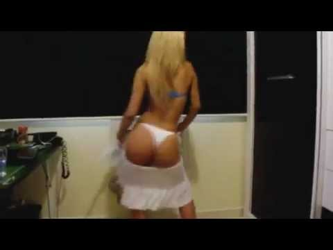 Sexy Girl Butt Shaking Dance