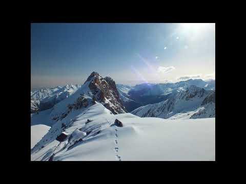 Communication intuitive avec une montagne et notre Terre Mère.