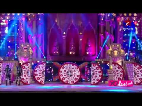 Video Alia Bhatt Performance Big Star Entertainment Awards 2015 download in MP3, 3GP, MP4, WEBM, AVI, FLV January 2017