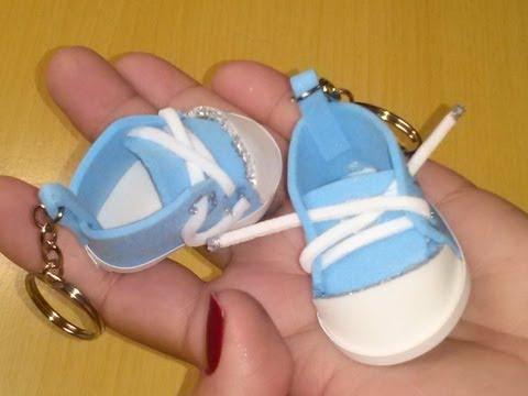 Mini Tênis de Chaveiro