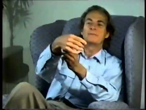 Richard Feynman explains the science of fire in a way that anyone can understand