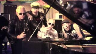 Video THE FIALKY - Kapitán77 (videoklip 2011)