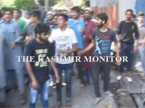 People stage protests outside UN office in Srinagar