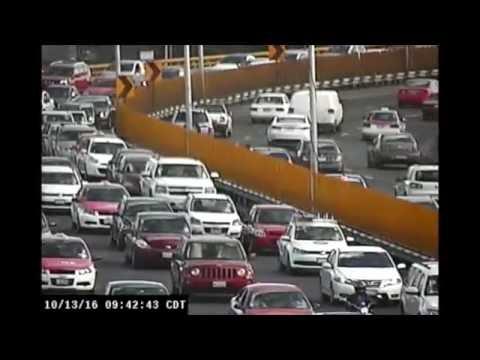 Roban vehículo; policía captura a ladrones