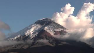 Volcán Cotopaxi Time Lapse