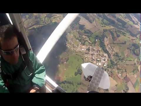 Show de paraquedismo em Coronel Martins-sc