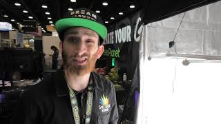 Spectrum King Lift and Co. Expo Vancouver by Urban Grower