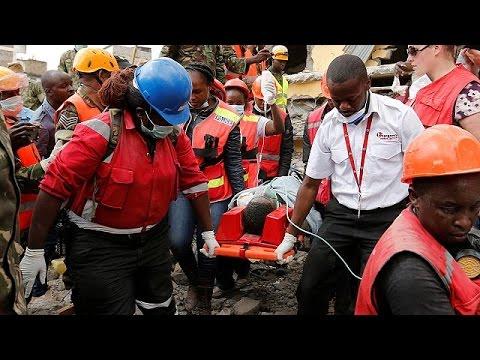 Κένυα: Γυναίκα ανασύρθηκε ζωντανή μετά από έξι ημέρες στα ερείπια