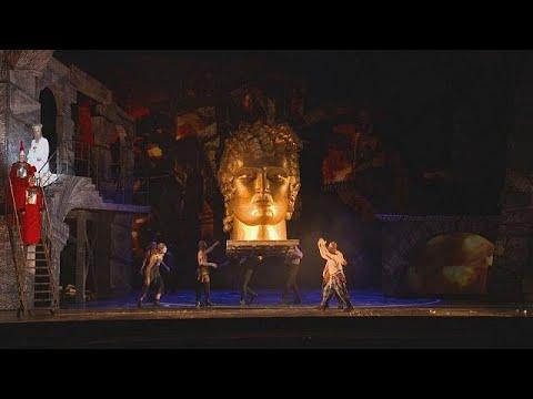Ο Τέρι Γκίλιαμ μαγεύει το κοινό στην όπερα της Βαστίλης