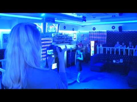 Beerlin - Steak house & karaoke «Beerlin»: Караоке батл