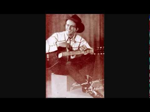 Early Tex Morton - The Praire Is A Lonesome Place At Night (1936).