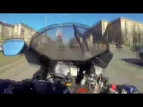 16-летний дебил на мотоцикле...