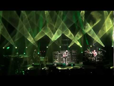 enjoy - From Madison Square Garden in New York, NY. Encoded at 1080p30. For best results watch in HD and view my playlists for more videos from this show.