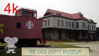 Ottawa (KS) United States  City pictures : Old Depot Museum and coboose, Ottawa, KS in 4K