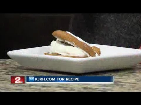 Sunday Brunch:  Julie Wheeler's Frosty pumpkin whoopie pies Part II