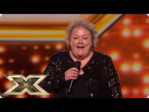 Publiczność śmieje się z 53-letniej uczestniczki. Gdy kobieta zaczyna śpiewać, śmiech zamienia się w niedowierzanie!