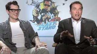 Arnold Schwarzenegger&Johnny Knoxville Interview - The Last Stand (HD)