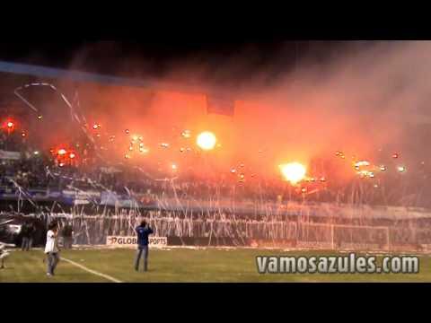 Video - Espectacular recibimiento en la Boca del Pozo. Emelec - Olimpia 18/09/2012 - Boca del Pozo - Emelec - Ecuador