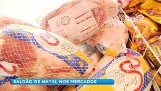 Consumidores aproveitam descontos de até 70% em saldão de Natal nos supermercados