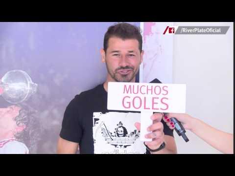 Deseos de Año Nuevo - Rodrigo Mora