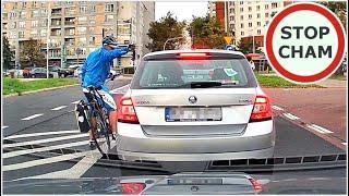 Z drogi śledzie rower jedzie – spięcie rowerzysty z Panią w Skodzie