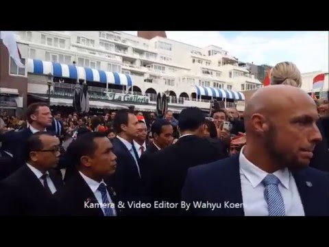 Menyambut Kedatangan Presiden RI  Bpk JOKOWI di Nederland  By Wahyu Koen