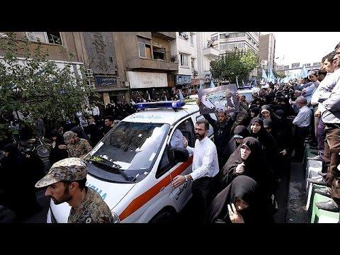 Ίραν: Θρήνος στις κηδείες των προσκυνητών που ποδοπατήθηκαν στη Μέκκα