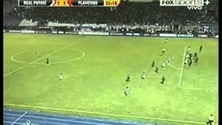 O Flamengo estreiou na Libertadores com derrota de virada por 2 x 1 e é obrigado a vencer o próximo jogo,no Engenhão.