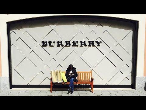 Burberry: σκληρά διλήμματα για τον Κρίστοφερ Μπέιλι – economy