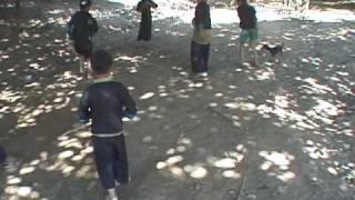 Hmong top Spinning  (Lub tuj lub)
